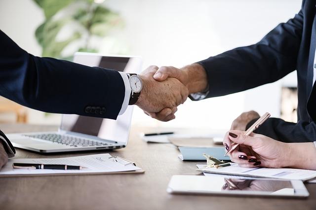Pierwszy biznes - jak zacząć zarabiać?