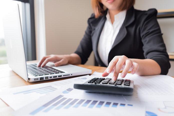 Czy warto korzystać z doradztwa rachunkowego?